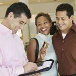 6 dicas para aumentar o ticket médio de vendas na sua loja de móveis